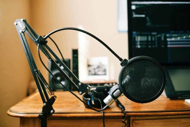 Podcast Mic Stand Boom Arm
